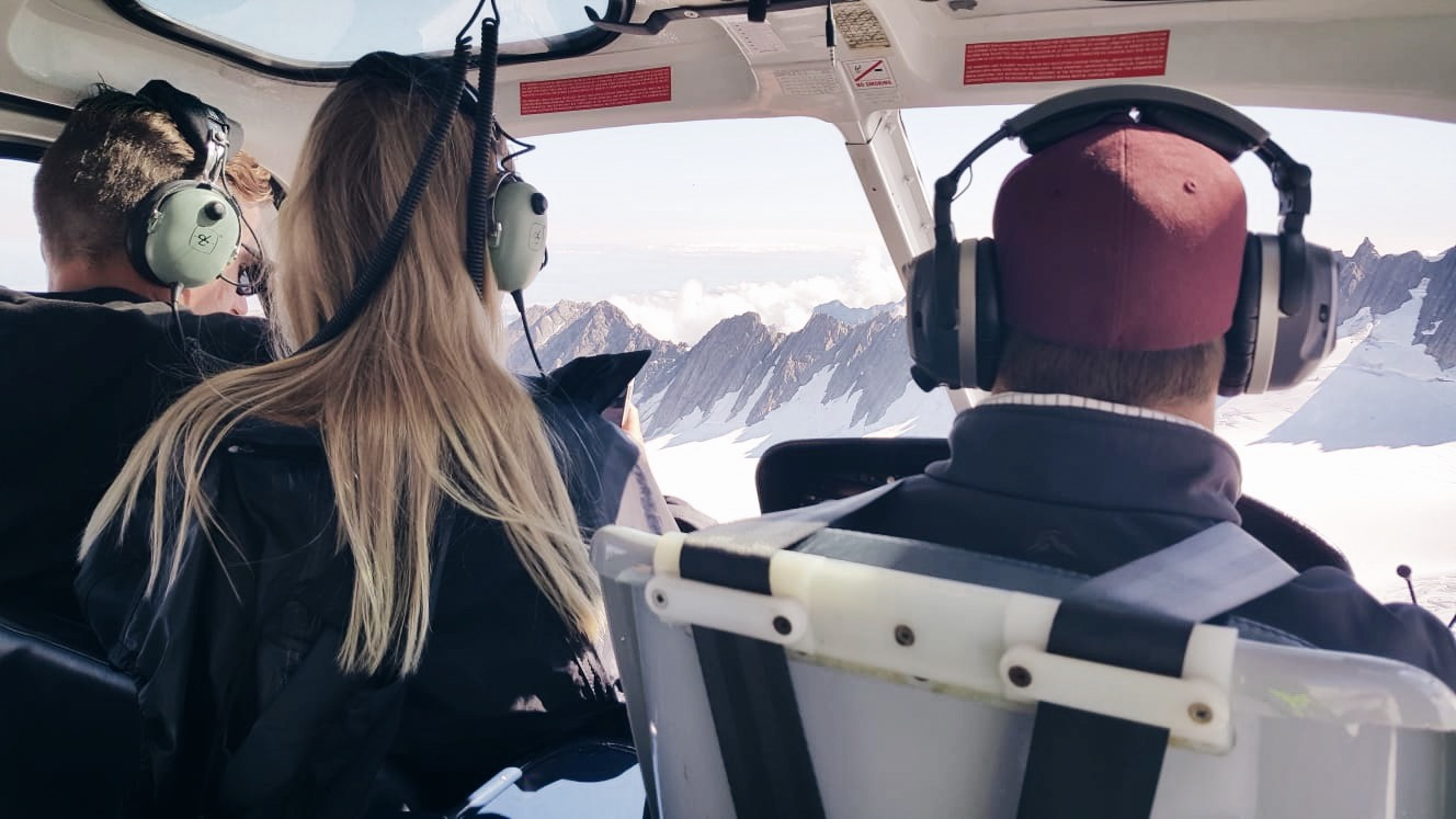 Helicopter flight glacier New Zealand