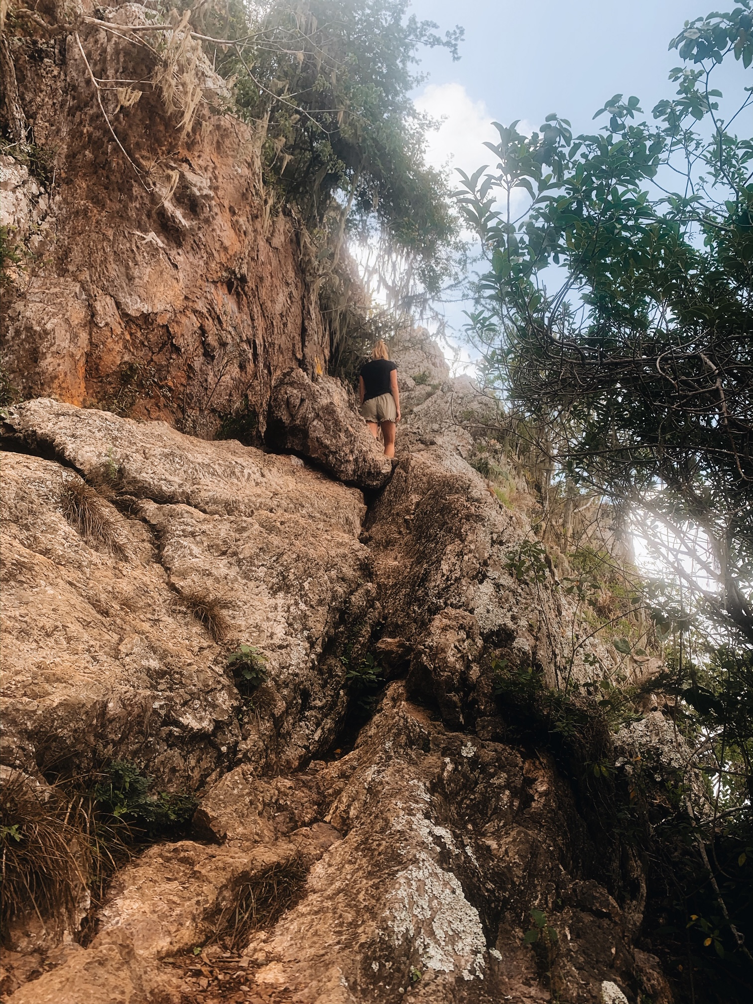 Difficult hiking Mount Christoffel