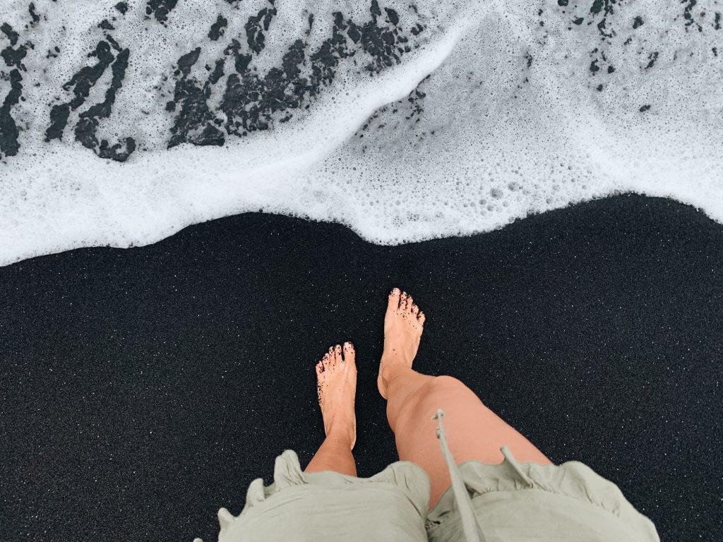 Waianapanapa black sand Hawaii Travel Guide